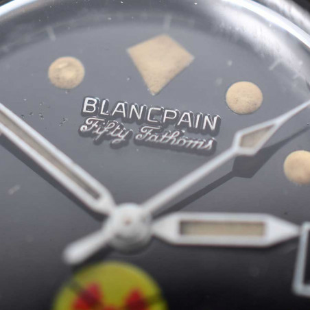 detail-cadran-blancpain-rayville-fifty-fathoms-1965-aqualung-boutique-montres-collection-occasion-mostra-store-aix-en-provence