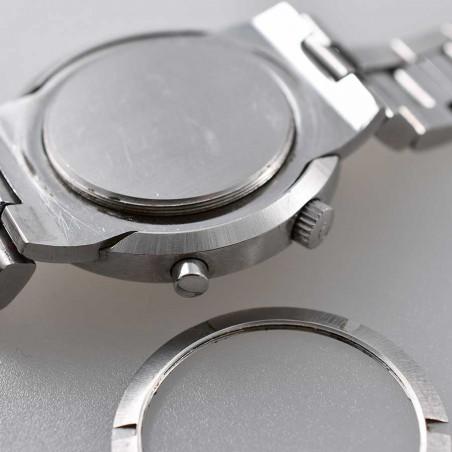 omega-chronostop-ufo-calibre-920-circa-1969-vintage-det-aix-en-provence-mostra-store-montre-de-luxe-collection