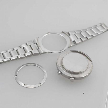 omega-chronostop-ufo-calibre-920-circa-1969-vintage-det-aix-en-provence-mostra-store-bracelet-montage-special