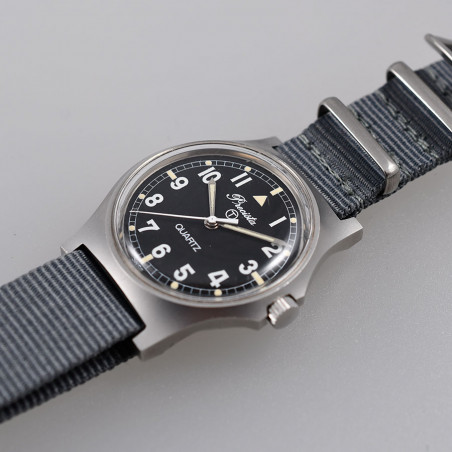 precista-w10-royal-air-force-1984-military-watch-mostra-store-aix-en-provence-vintage-watches-expert-montres-anciennes