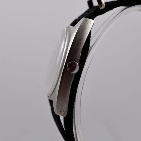 reparation-montres-vintage-watch-cwc-mecanical-1976-mostra-store-aix-en-provence-montres-vintage-boutique-magasin-occasion