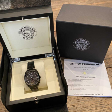 gign-lip-tourbillon-de-gaulle-magnum-357-circa-2018-mostra-store-aix-en-provence-montres-fullset-gign-raid