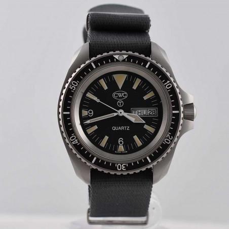 cwc-montre-militaire-plongee-rn-300-boutique-mostra-store-aix-en-provence-vintage-watches-shop-military-watch
