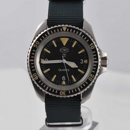 cwc-military-diver-watch-rn-300-fullset-2019-british-forces-mostra-store-montres-militaires-aix-expertise-achat