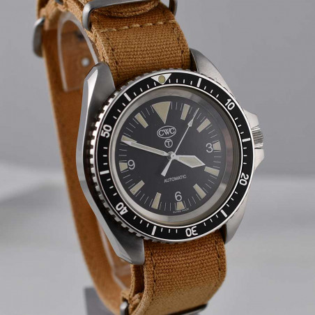 cwc-montre-plongée-militaire-marine-nationale-anglaise-british-navy-diver-watch-aix-en-provence-army-watches