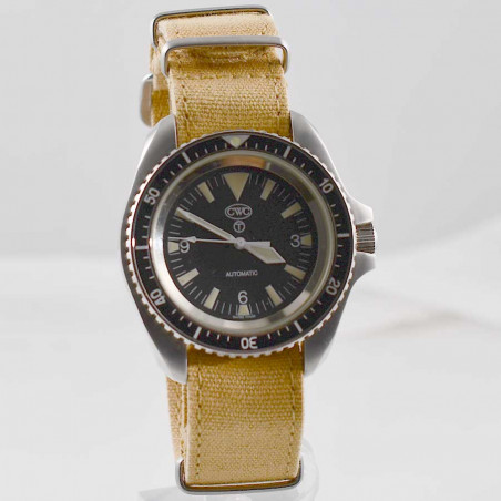 montre-plongeur-demineur-militaire-armée-cwc-automatique-7697-bracelet-nato-6645-mostra-store-aix-france