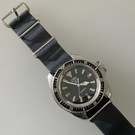 military-cwc-watch-royal-navy-sas--vintage-watches-montre-mostra-store-aix-en-provence-diver-military-montres-army-air-force-