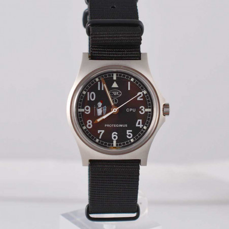 cwc-military-watch-montre-militaire-police-british-cpu-protegimus-close-protection-unit-mostra-store-aix-montres