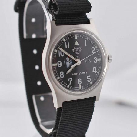 cwc-military-watch-montre-militaire-police-british-cpu-protegimus-close-protection-unit-mostra-store-aix-paris