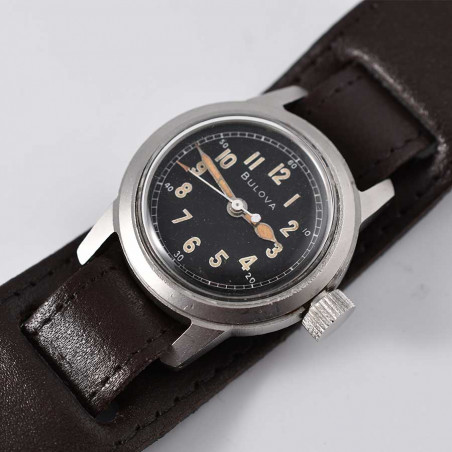bullova-a-17-a-aviation-pilote-us-air-force-vintage-military-watch-mostra-store-aix-montres-aviation-strap