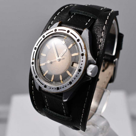 cccp-military-vostok-germany-kommandirskie-collection-mostra-store-soviet-army-montres-aix-militaires