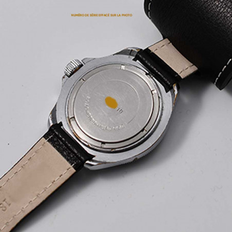 cccp-military-vostok-markings-kommandirskie-watch-mostra-store-soviet-army-montres-aix-militaires