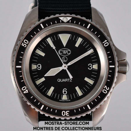 montre-cwc-diver-300-mostra-store-plongee-uk-military-circa-2018-full-set-military-watches-dial-zoom-cadran