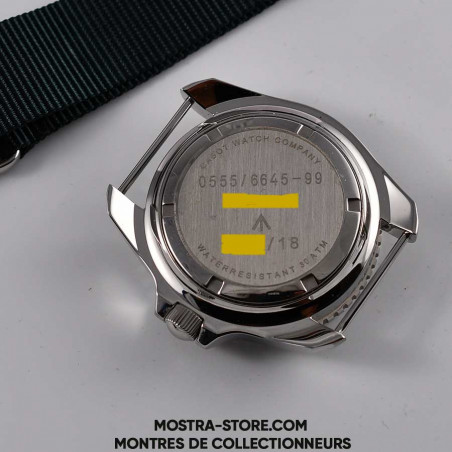 montre-cwc-diver-300-mostra-store-plongee-uk-military-circa-2018-full-set-marquages-broad-arrow-military-markings