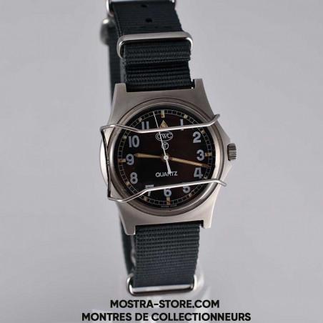 montre-militaire-cwc-w-10-royal-navy-combat-shield-1990-mostra-store-boutique-montres-vintage-collection-british-navy