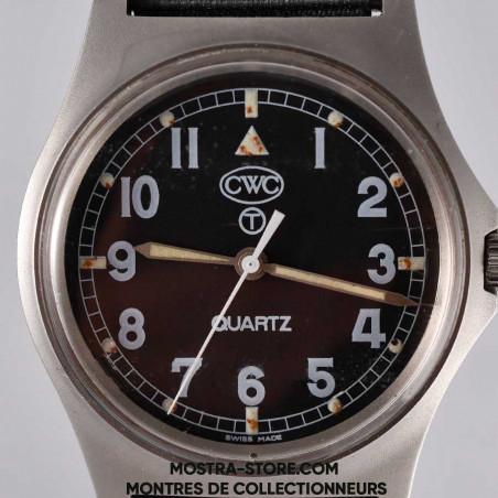 montre-militaire-cwc-w-10-royal-navy-combat-shield-1990-mostra-store-boutique-montres-vintage-cadran-dial-tritium