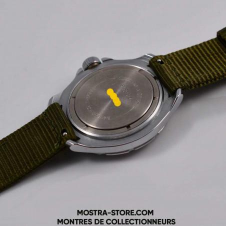 vostok-soviet-army-white-dial-cccp-military-watch-mostra-store-aix-en-provence-montres-militaires-sovietiques