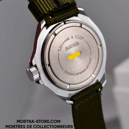 vostok-soviet-army-white-dial-cccp-military-watch-mostra-store-aix-en-provence-montres-markings-soviet