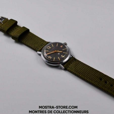 montre-militaire-soviet-army-earlier-watch-1961-mostra-store-boutique-aix-montres-de-legende-des-sixties-histoire