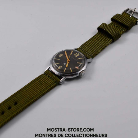 montre-militaire-soviet-army-earlier-watch-1961-mostra-store-boutique-aix-collector-cold-war-watch