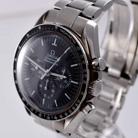 montre-omega-speedmaster-chronographe-moonwatch-mostra-store-aix-provence-achat-expertise-C1861