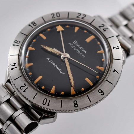 cadran-montre-bullova-accutron-gmt-astronaut-vintage-1963-nasa-apollo-watch-collection-aviation-mostra-store-aix-en-provence