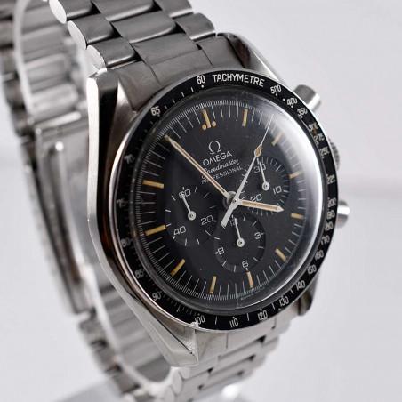 chronographe-omega-speedmaster-seventies-big-s-guilt-vintage-series-nasa-1977-mostra-store-aix-provence-france