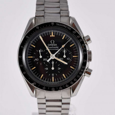 moonwatch-chronograph-omega-speedmaster-seventies-big-s-vintage-series-calibre-861-1977-mostra-store-aix-provence