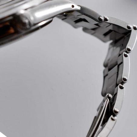detail-bracelet-rivets-montre-rolex-oyster-1500-calibre-1570-collection-montres-seventies-mostra-store-aix-en-provence-france