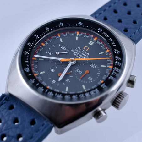 cadran-racing-japan-omega-speedmaster-mark-2-montre-vintage-collection-course-automobile-1969-mostra-store-aix