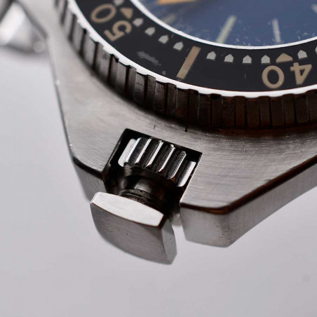detail-couronne-etanche-omega-seamaster-plopro-cousteau-comex-1969-expertise-montres-mostra-store-aix-en-provence-france